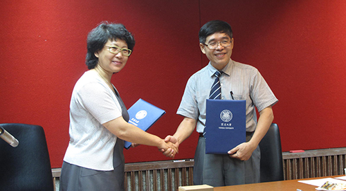 Capital Library of China visits Tunghai University